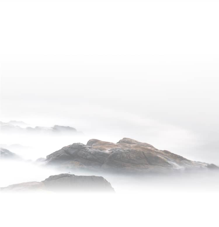 foggy-mountains-mobile-bg